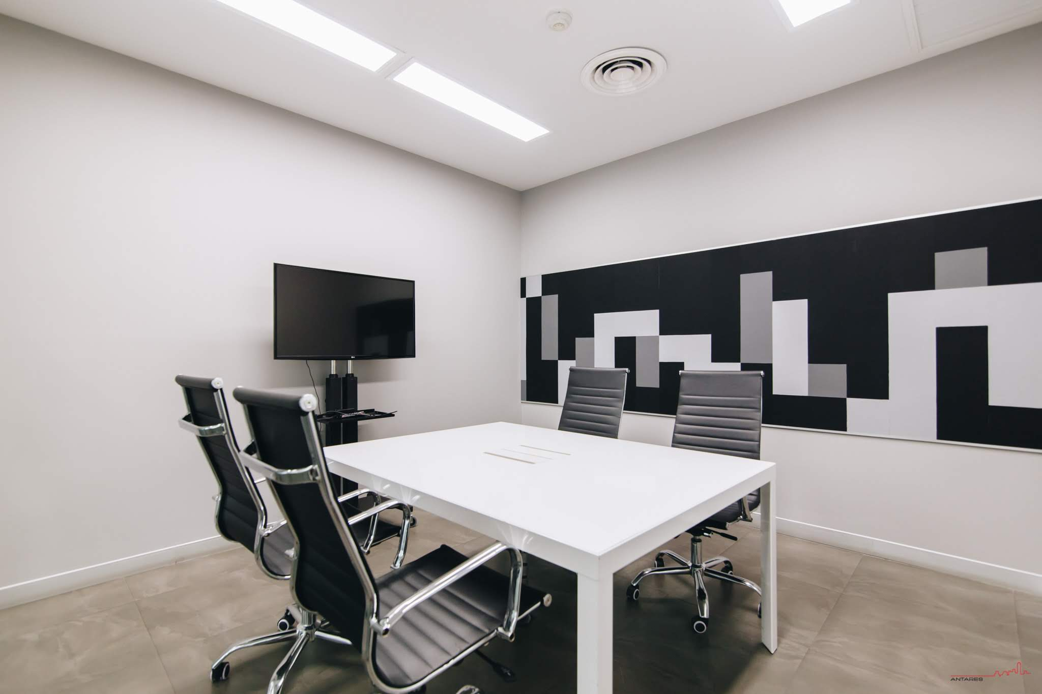 small-meeting-room